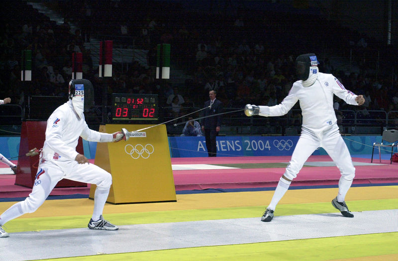 800px-0408_USA_Olympic_fencing